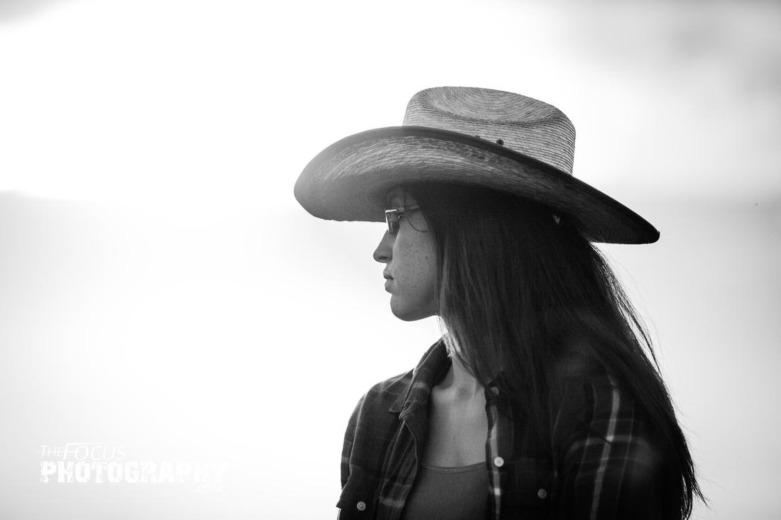 Senior portrait cowgirl