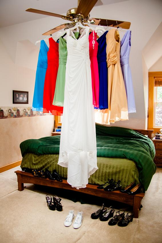 wedding dress brides maid preparation newport pa rose finley wedding photographer the focus photography