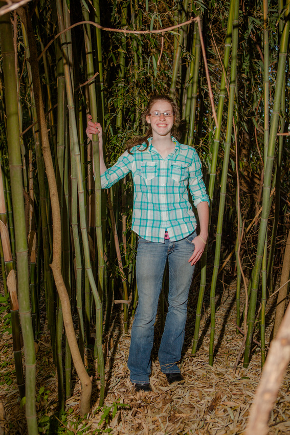 Dauphin harrisburg portraits sister friend family senior bamboo park rose finley the focus photography