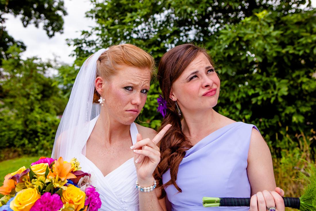 bridesmaids bride dog ourdoor wedding photography harrisburg central pensylvania rose finley the focus photography