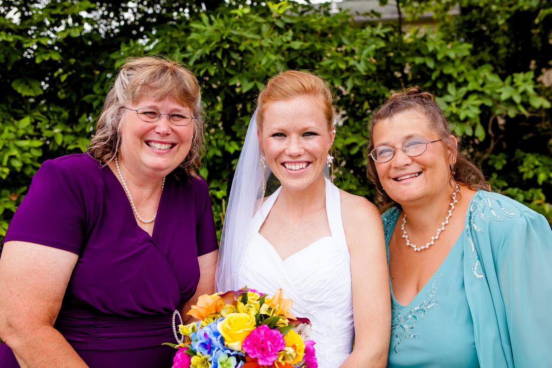 mother of the bride outdoor wedding photography photographer rose finley the focus photography