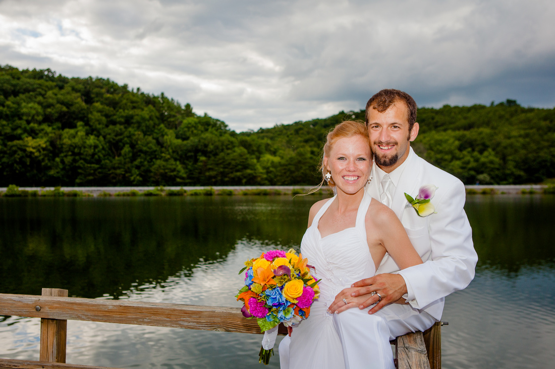 Bride and groom outdoor wedding photography harrisburg central pennsylvania rose finley the focus photography