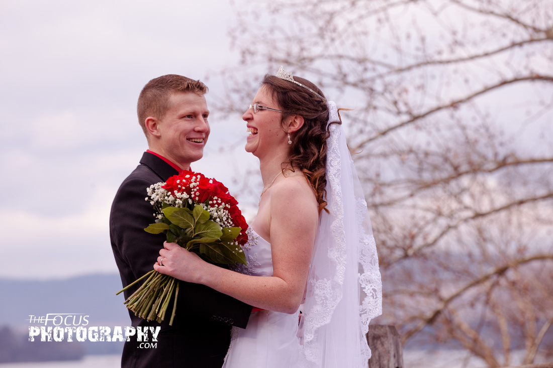 fort hunter bride and groom photos