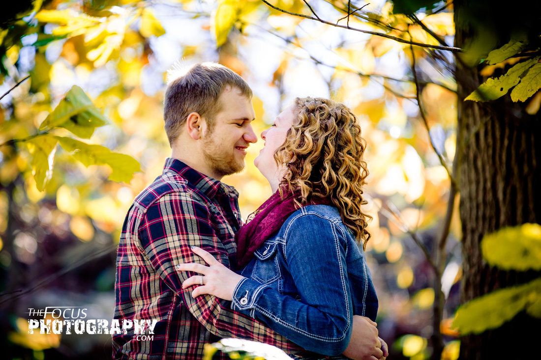fall engagement photo