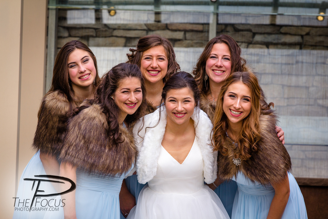 Bride and bridesmaids at eden resort Lancaster Pa