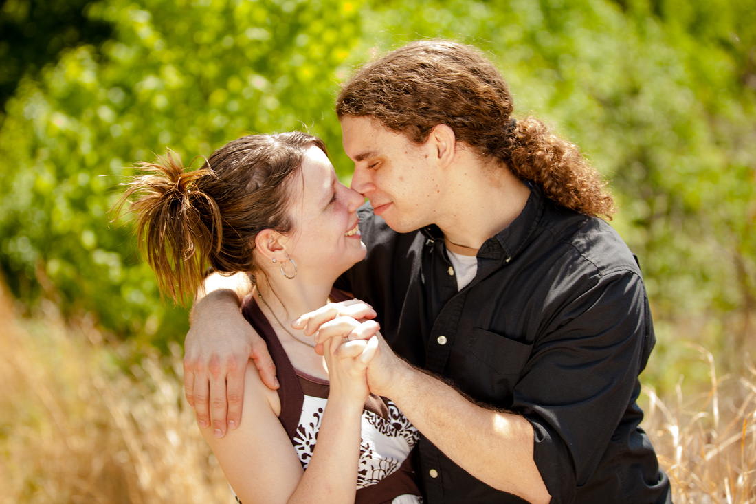 engagement photo session dauphin Pennsylvania