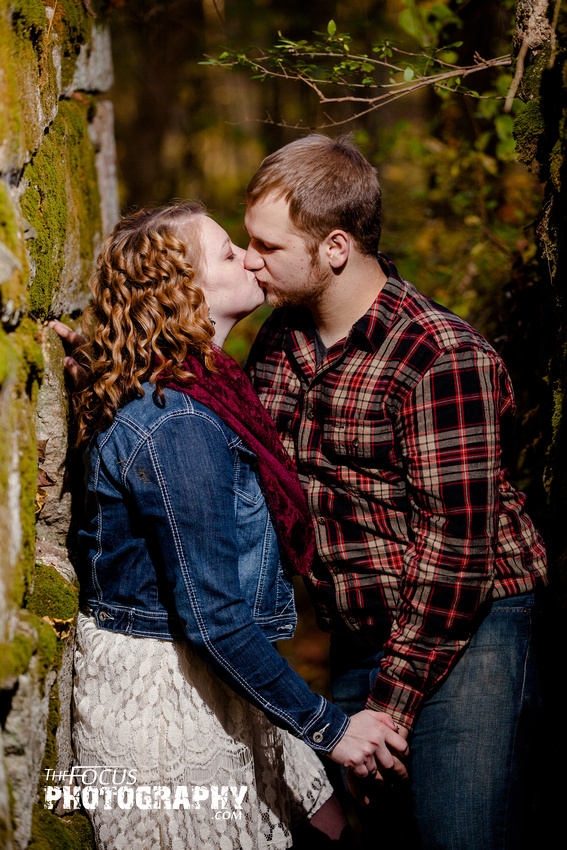 Engagement photo rock wall