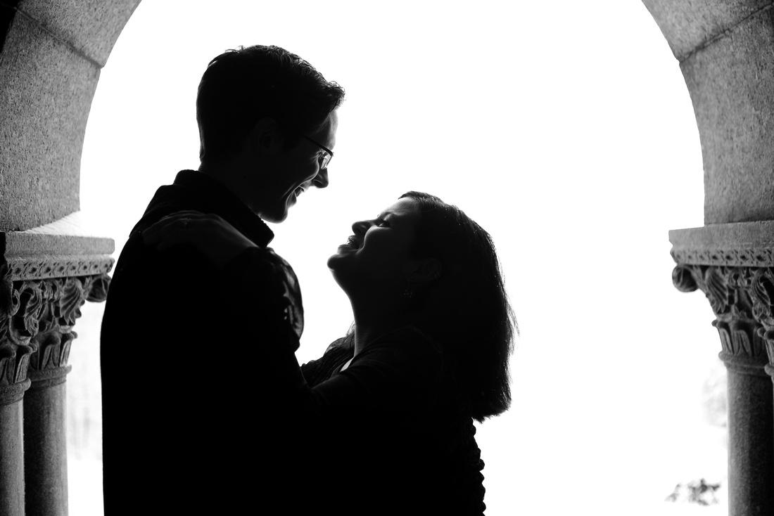 silhoette couple portrait